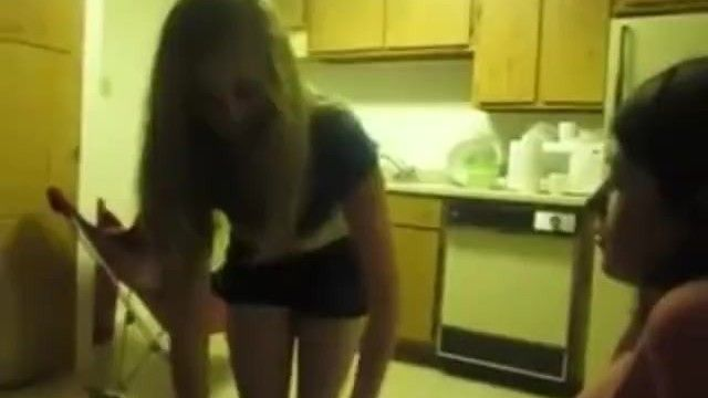Dilettante lesbo lap dance