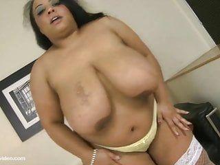 Breasty british bbw leah jayne n shanice richards lesbo sesso