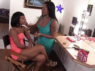 Wankz- finger banging mania with 2 darksome lesbos