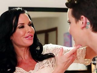 Veronica avluv and her lesbo step daughter